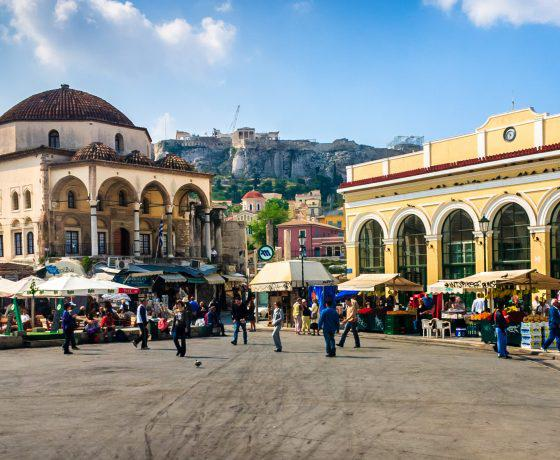 Athens_-_Monastiraki_square_and_station_-_20060508